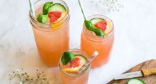 Grapefruit basilicum mocktail