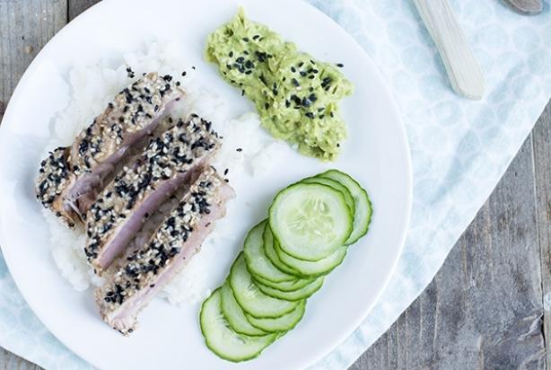 Sushi tonijn komkommer