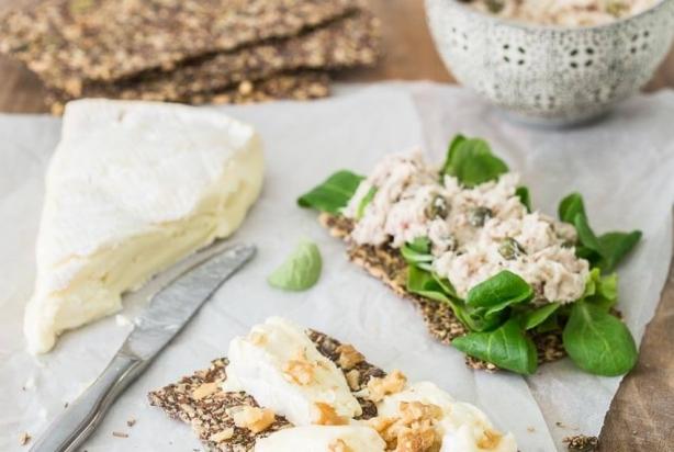 recept voor heerlijke lijnzaadcrackers - foody.nl