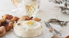 Gebakken camembert met broodstengels | Simone's Kitchen