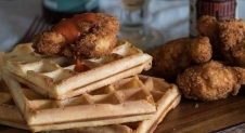 Dudefood dinsdag: over vakantiebestemmingen en Chicken & Waffles | Simone's Kitchen
