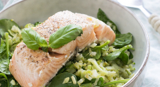 Broccoli couscous met zalm en spinazie