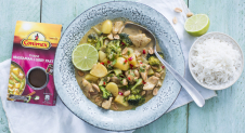 Thaise Massaman curry met kip en broccoli