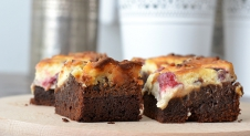 Video: Frambozen cheesecakebrownies