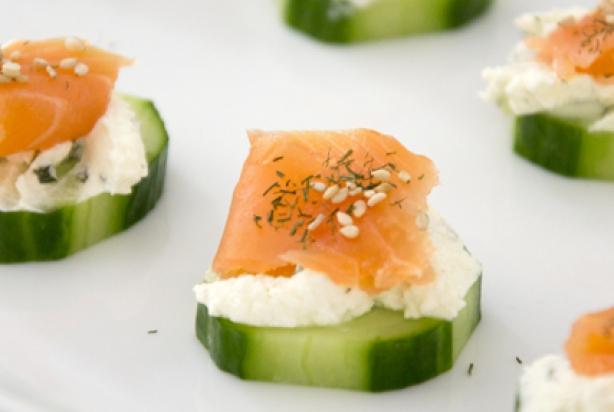 Bedwelming Recept voor gezonde komkommer-zalm hapjes - Foody.nl #QA93