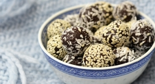 Video: Bliss Balls