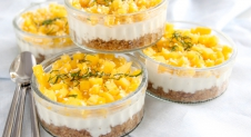 Mini kokos-cheesecake met mango