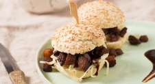 Porkbelly sliders met ingelegde kool en hoisin saus