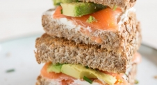 Sandwich zalm en avocado | Simone's Kitchen