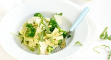 Fresh & Easy: Pasta met broccolipesto
