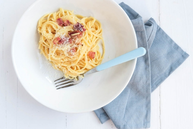 Video: Spaghetti Carbonara