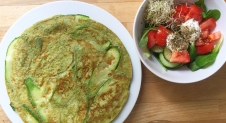 Courgette basilicum omelet