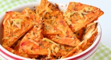 Pizza tortilla chips
