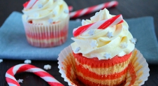 Advent 11: Candy Cane Cupcakes