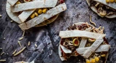 Halloween mummy tortilla's | Simone's Kitchen