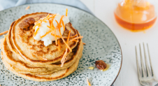 Video: Carrotcake pancakes met creamcheese