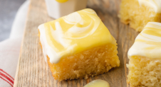 Citroenbrownies met creamcheese en lemoncurd