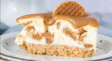 No bake stroopwafel cheesecake