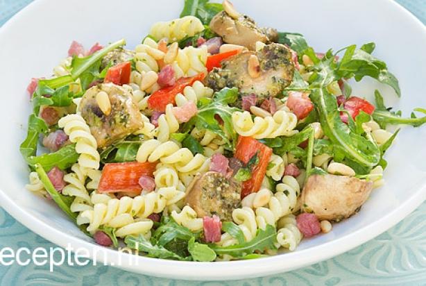 Populair Recept voor pastasalade met pesto en champignons - Foody.nl @IK25