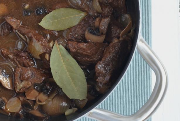 Recept Voor Stoofpotje Van Rundvlees Met Balsamico Foody Nl