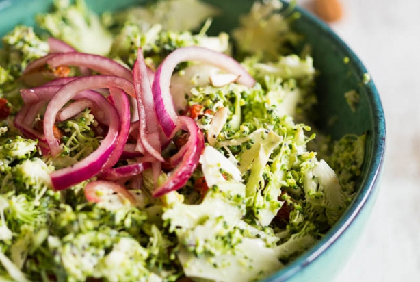 Broccoli salade a la Hemsley + Hemsley