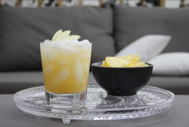 Apple Amaretto Sour