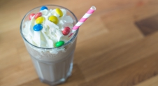 Video: M&M's Milkshake