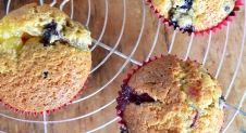 Video: Blueberry muffins met lemoncurd vulling