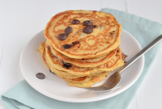 VIDEO: Chocolate Chip Pannenkoekjes