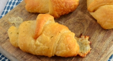Mozzarella knoflook croissants